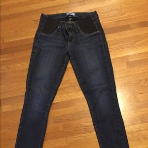MOVING MAKE OFFERS! Paige size 26 maternity jeans
